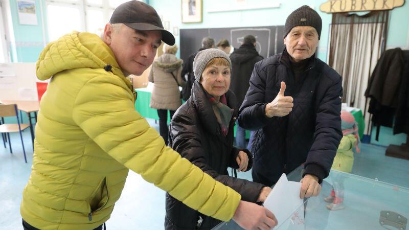 Mieszkańcy głosowali od godz. 7.00 do 21.00