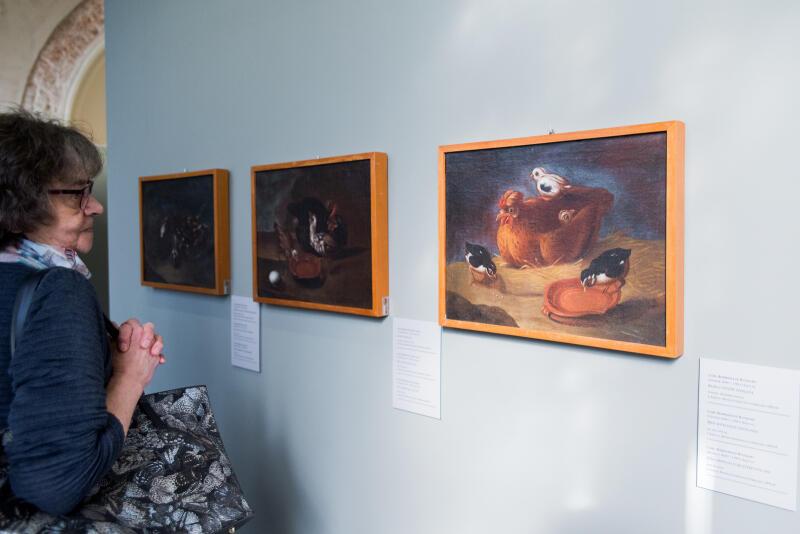 To pierwsza monograficzna prezentacja obrazów tego artysty w Polsce, pokazująca zarówno jego zainteresowanie tematyką animalizmu, jak i życia zakonnego