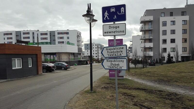 Lawendowe Wzgórze to nazwa ulicy i jednego z nowych gdańskich osiedli zlokalizowanego nieopodal ul. Jabłoniowej /Straż Miejska w Gdańsku