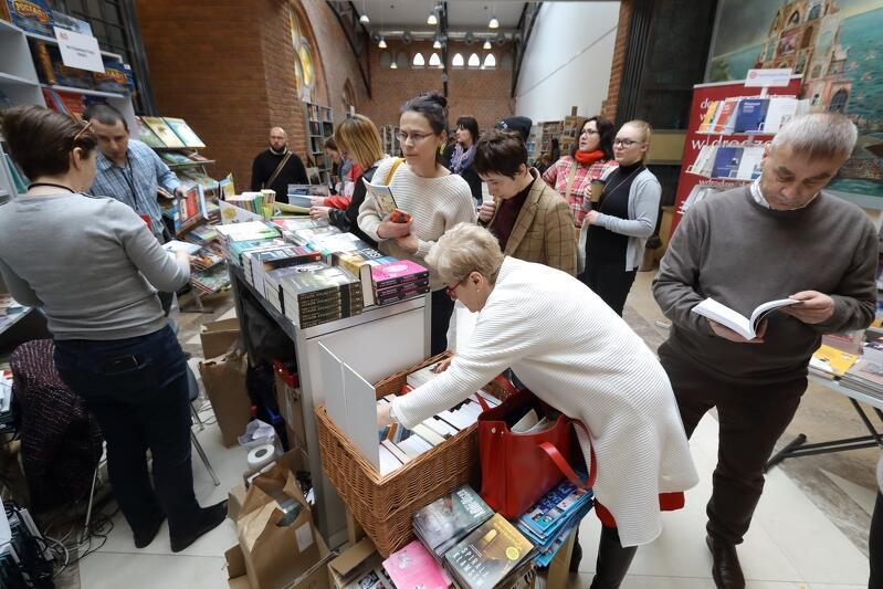 Pierwszą edycję Gdańskich Targów Książki odwiedziło ponad 13 tysięcy osób. Jak będzie w tym roku?