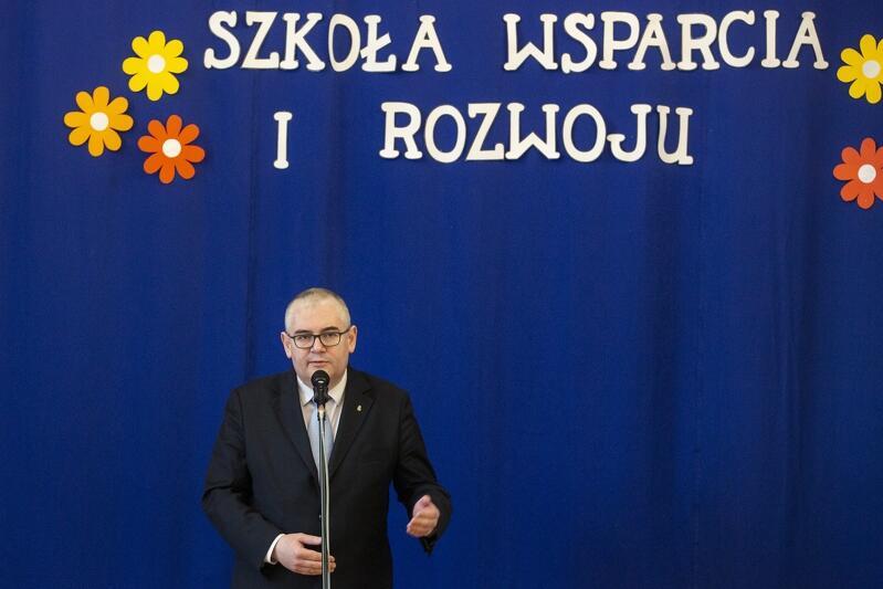 Piotr Kowalczuk, z-ca prezydenta Gdańska ds. edukacji i usług społecznych podczas gali dziękował wszystkim: pracodawcom, dyrektorom i nauczycielom oraz uczniom - za wybór zawodowej przyszłości