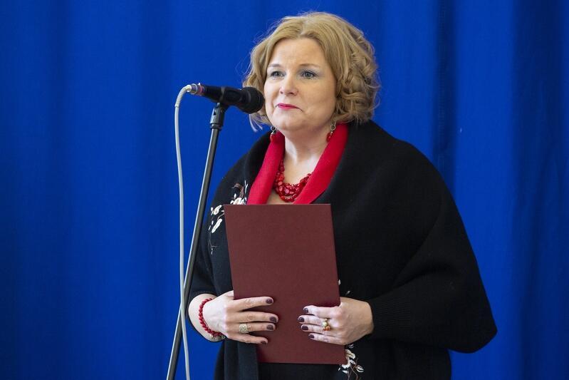 dr Monika Kończyk, pomorska kurator oświaty, zaprosiła na poniedziałkowy Regionalny Kongres Zawodowy w Gdańsku