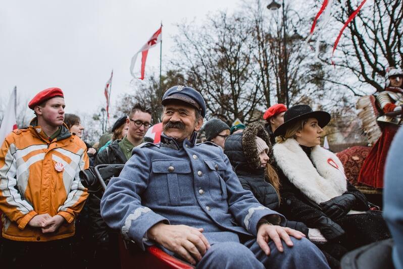 Jako marszałek Piłsudski, podczas gdańskiej Parady Niepodległości, 11 listopada 2016 r.