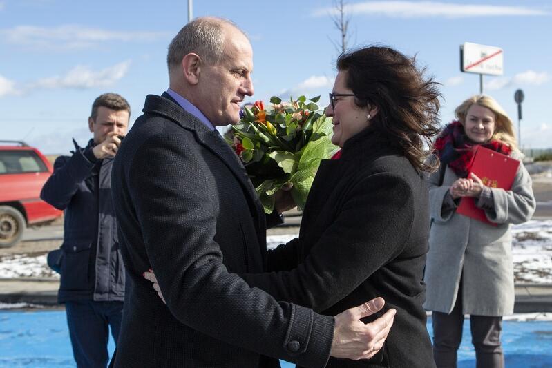 Nz. Wojciech Kankowski (burmistrz Gminy Żukowo) i Aleksandra Dulkiewicz (prezydent Gdańska )