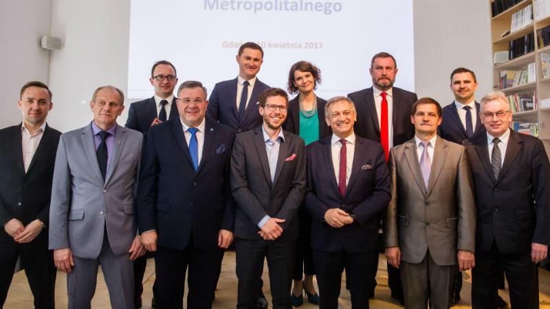 Samorządy projektu Systemu Roweru Metropolitalnego powierzają wykonanie systemu Stowarzyszeniu OM GGS