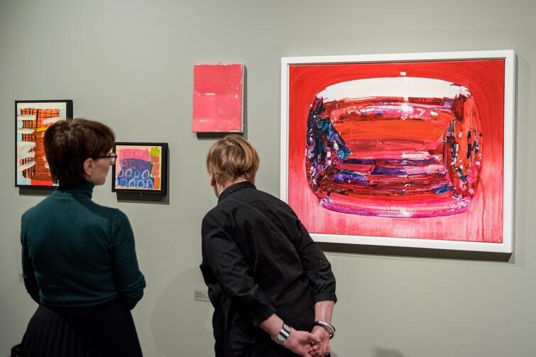 Ekspozycja stanowi okazję do zapoznania się z malarstwem i grafikami, które powstały w XXI wieku