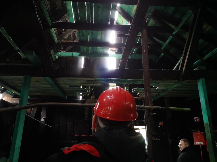 Wnętrze Kuźni Wodnej podczas remontu