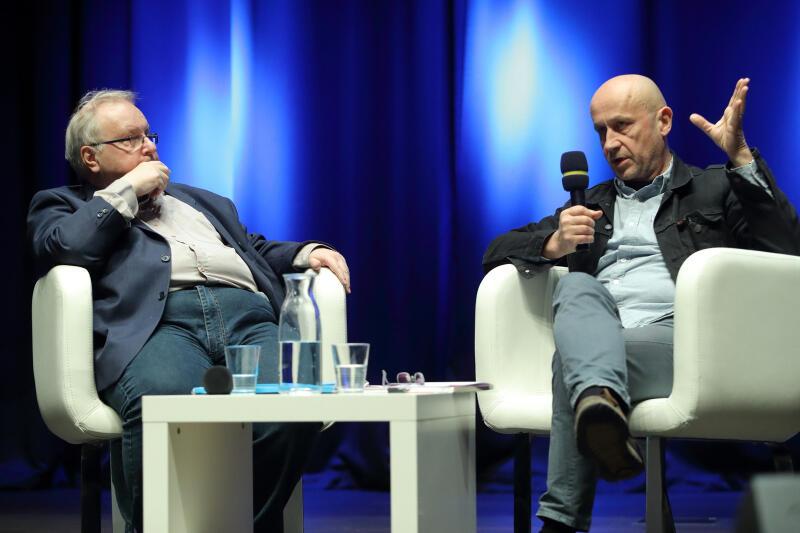 Goście II Gdańskiej Debaty Obywatelskiej dyskutowali o tym, czy kompromis polityczny prowadzi do pojednania, na przykładzie Polski (1989-2019) i Hiszpanii (1976-2019)