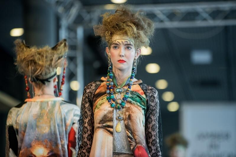Podczas otwarcia odbył się m.in. pokaz kolekcji biżuterii i mody