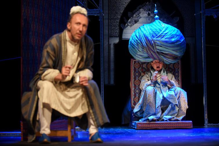 """""""Turban Mistrza Mansura"""" zabiera widzów do świata pełnego egzotyki, magii i uniwersalnych wartości"""