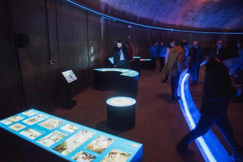 Na kilkunastu stanowiskach ekspozycji dowiedzieć się można wiele na temat infrastruktury wodociągowej i o tym, co przeciętnemu mieszkańcowi przyniosły realizowane przez 15 lat inwestycje w jej rozwój