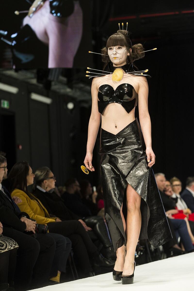 Pokaz MAD DOLL Danka Czapnik - jewellery, Katarzyna Konieczka - fashion