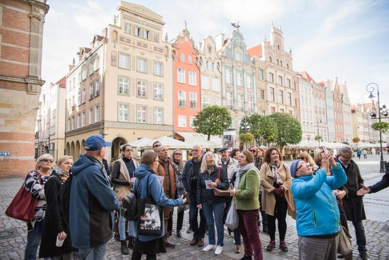 Spacery po Gdańsku pod okiem przewodników to obecnie bardzo popularna forma spędzania wolnego czasu