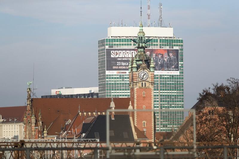 Zieleniak w reklamowym opakowaniu dotrwa do końca okresu przejściowego Uchwały krajobrazowej Gdańska