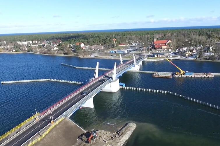 Do końca kwietnia br. powinna zakończyć się cała inwestycja związana z budową mostu na Wyspę Sobieszewską