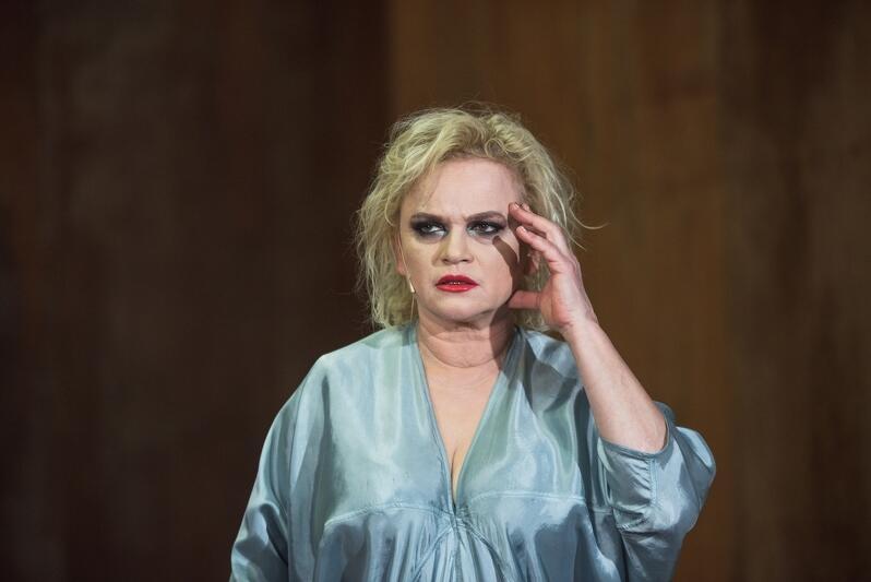 W spektaklu Fedra  okazję do wykreowania wielkiej roli ma Katarzyna Figura