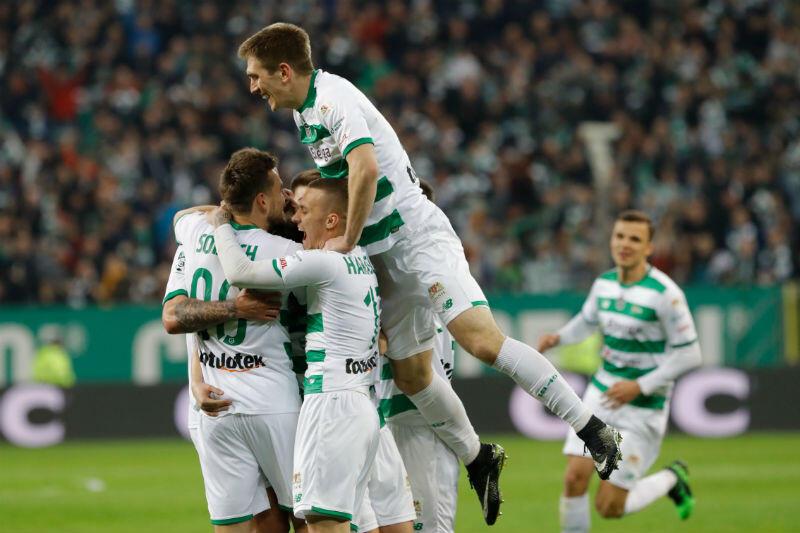 ... i radość piłkarzy. 1:0 dla Lechii