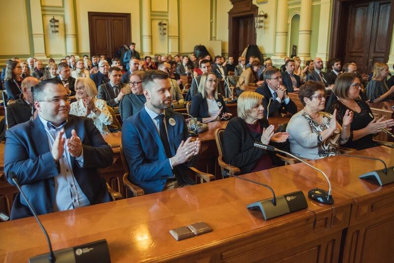 Środa, 10 kwietnia, była drugim dniem uroczystych ślubowań radnych dzielnic Gdańska, którzy zostali wybrani na kadencję 2019-2024