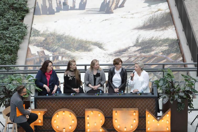 """Konferencja prasowa """"Hrabiny"""" w Forum Gdańsk. Nz. twórczynie spektaklu"""