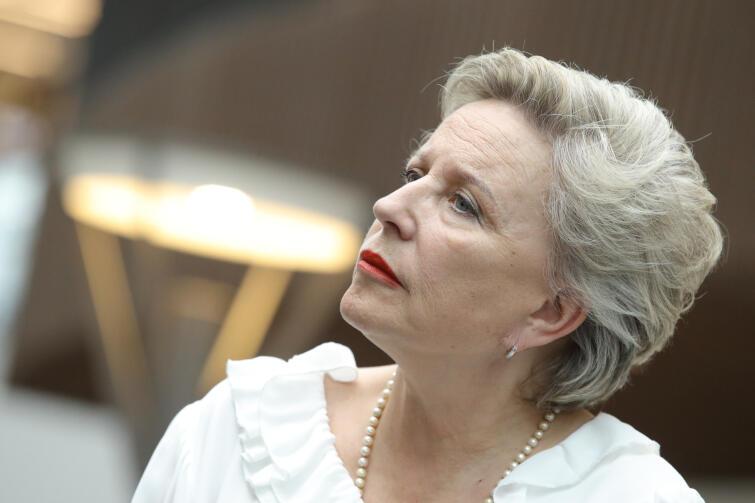 Krystyna Janda to przede wszystkim wybitna aktorka, ale także reżyserka i dyrektorka artystyczna dwóch warszawskich teatrów