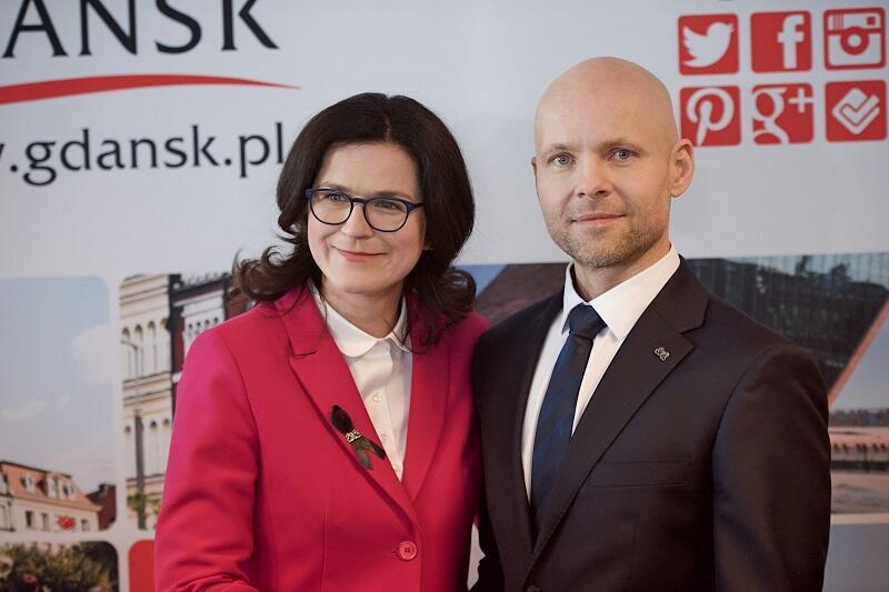 Prezydent Gdańska Aleksandra Dulkiewicz i jej nowy zastępca Alan Aleksandrowicz, 15 kwietnia 2019 r.