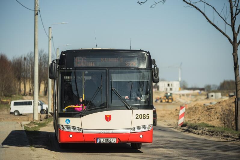 Ul. Jabłoniowa, autobus linii 156