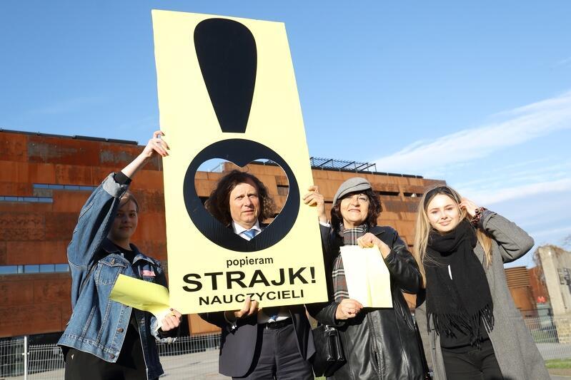 Nie tylko licealiści poprali nauczycieli w Gdańsku. Zrobił to także Jacek Karnowski - prezydent Sopotu