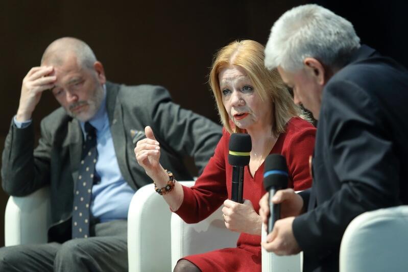 W debacie udział wzięli prof. Elżbieta Mączyńska, ekonomistka i prezes Polskiego Towarzystwa Ekonomicznego oraz...