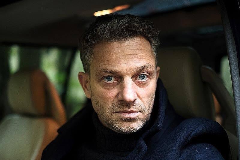 Grzegorz Damięcki. Fotos z serialu Nielegalni