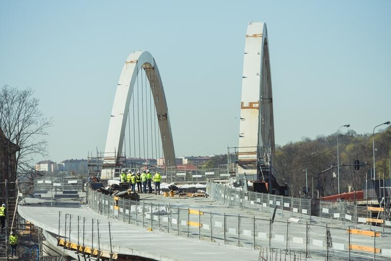 Mija rok od rozpoczęcia budowy gdańskiego wiaduktu