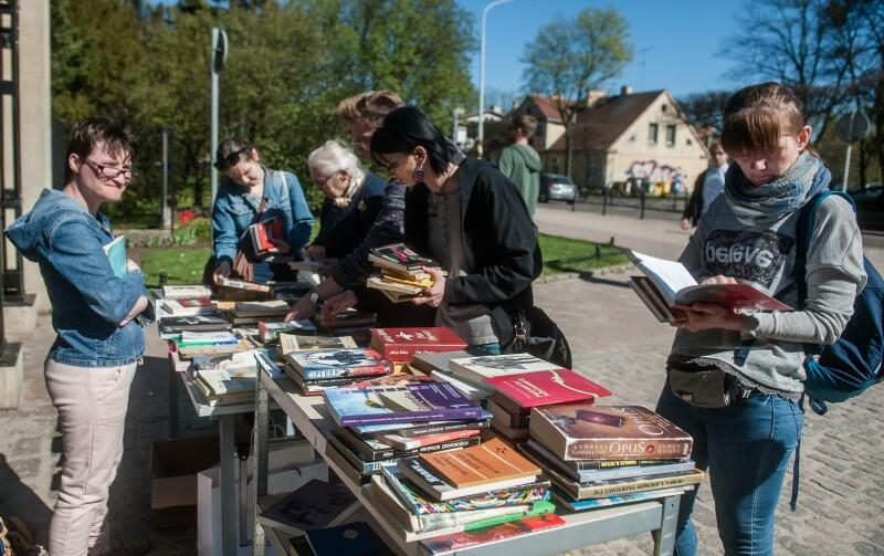 Oliwskie Święto Książki to spotkania autorskie, warsztaty dla dzieci, konkurs literacki i oferta ponad 20 wydawnictw