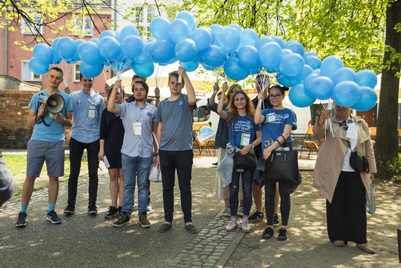 Marsz rozpoczął się na Pl. Kobzdeja, a zakończył na Pl. Solidarności
