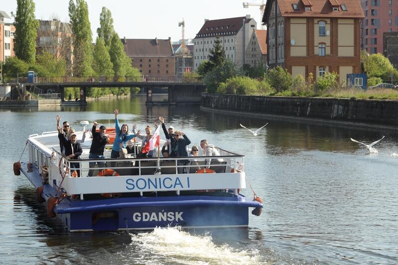 Sonica I - tramwaj wodny linii F5