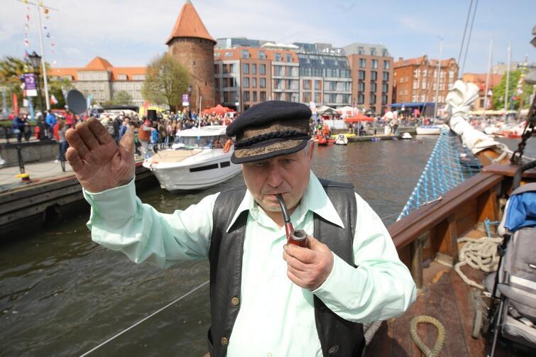 Otwarcie sezonu żeglarskiego w Gdańsku przyciąga co roku setki mieszkańców i turystów, ale przede wszystkim miłośników żeglarstwa i sportów motorowodnych