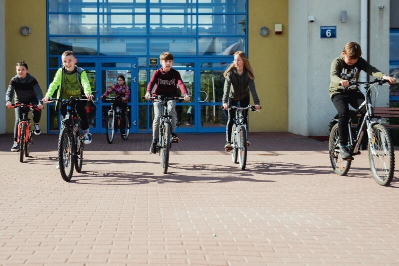 Uczniowie Szkoły Podstawowej nr 12 przy ul. Człuchowskiej na Ujeścisku już nieraz udowodnili, że potrafią zwyciężyć w Rowerowym Maju