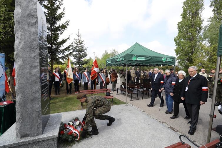 Uroczystości odbyły się na Cmentarzu Łostowickim, przy Pomniku Ponarskim