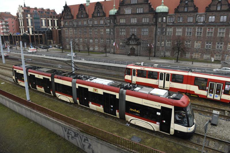 W nocy z 18 na 19 maja uczestnicy Nocy Muzeów będą mieli do dyspozycji nie tylko regularne linie komunikacyjne, ale także tramwaj nocny oraz bezpłatne linie autobusowe i tramwajowe