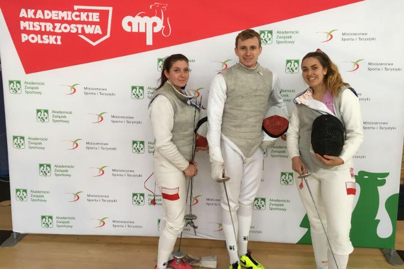 Na zdjęciu od lewej: Natalia Gołębiowska, Michał Siess, Aleksandra Nieciecka