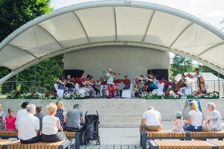 W Amfiteatrze Orana w Parku Oruńskim wystąpią aktorzy śpiewający