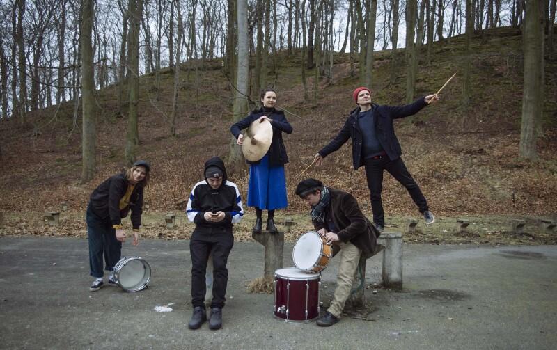 W Noc Wrzeszcza perkusiści: Dominika Korzeniecka, Jacek Prościński, Ola Rzepka, Miłosz Pękala i Hubert Zemler zagrają o godz. 22 wspólny koncert
