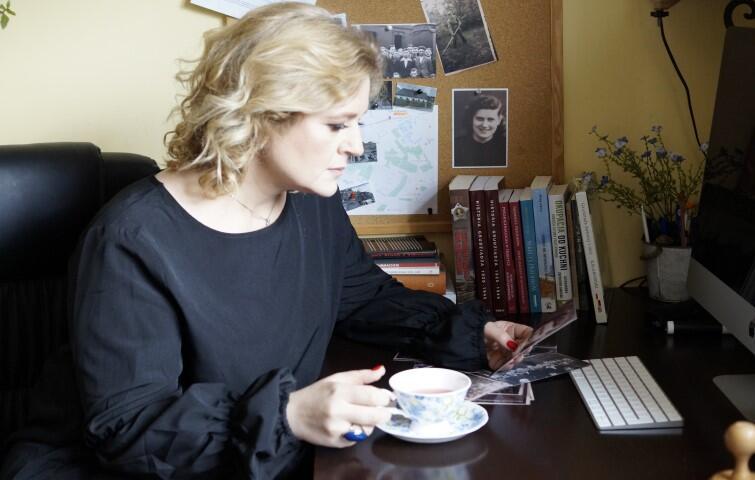 Powieść Witkiewicz Pierwsza na liście  została nominowana w Plebiscycie Książka Roku 2015 portalu lubimyczytać.pl w kategorii Literatura obyczajowa i romans. W kolejnym roku taką nominację uzyskała powieść  Cześć, co słychać