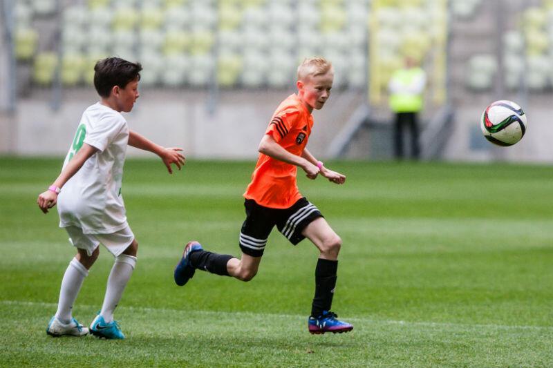 Zagrać na Stadionie Energa Gdańsk - to wielka frajda. Na zdjęciu finał piłkarskiego turnieju dziecięcego - Z Orlika i Juniora na stadiony świata. 10 czerwca 2017 roku
