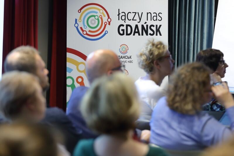 Forum odbyło się w Ratuszu Oliwskim. Wstęp na wydarzenie był bezpłatny. Każdy kto ma ochotę przyjść na kolejne, takie spotkanie - jest mile widziany