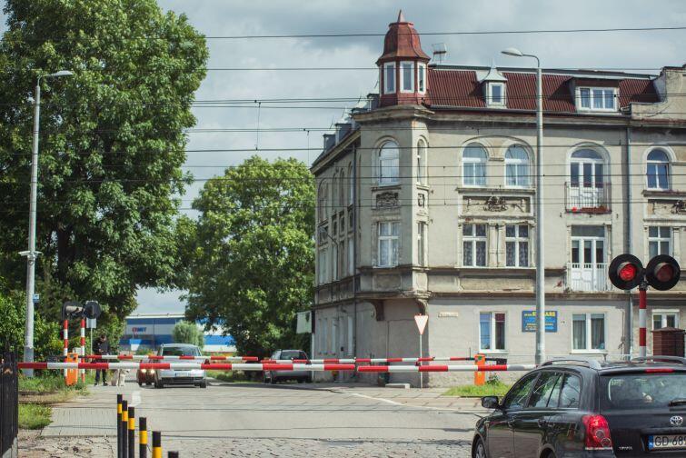 Przejazd przez tory na ul. Sandomierskiej
