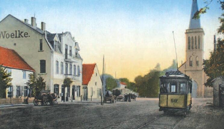 Końcowy przystanek przy dzisiejszej Gościnnej, po prawej ustawiony w 1907 roku ocieplany pawilon z blachy falistej, gdzie obsługa tramwajów mogła odpocząć podczas przerw w pracy; to miejsce było szczególnie cenne zimą dla motorniczych, gdyż ich stanowiska nie było osłonięte szybą i wystawieni byli na kaprysy pogody; ok.1910