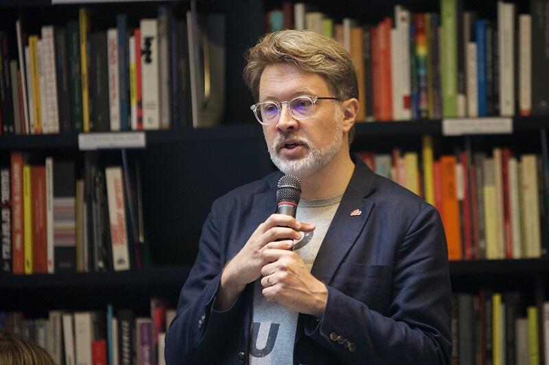 Michał Rusinek w przystępny sposób przedstawił dzieciom zasady retoryki