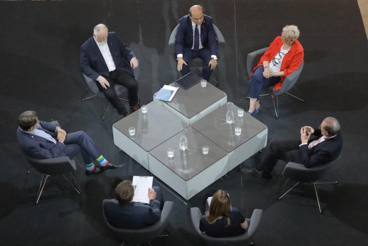 Debata odbyła się w ogrodzie zimowym ECS