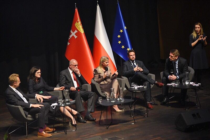 Rozmawiano o przyszłości polskiego samorządu w świetle nadchodzących wyborów krajowych i ostatnich - do parlamentu Europejskiego