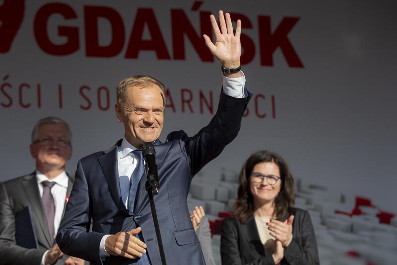 We wtorek, przewodniczący Donald Tusk przemawiał na Długim Targu przed godz. 18