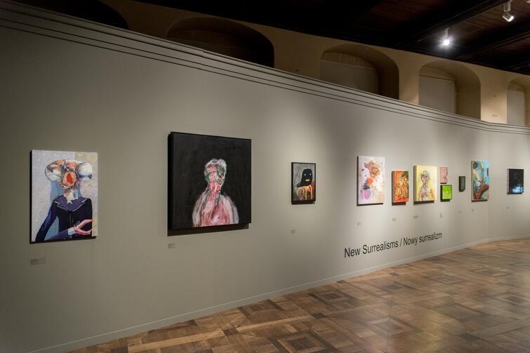 Kilkudziesięciu artystów prezentuje w Zielonej Bramie swoje wyjątkowe prace malarskie i grafiki, które powstały w XXI wieku